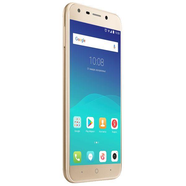 Смартфон ZTE Blade A6 3Gb/32Gb золотой