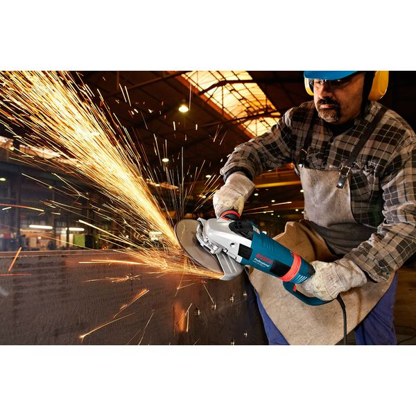 Угловая шлифмашина Bosch GWS 26-230 LVI Professional (0601895F04)